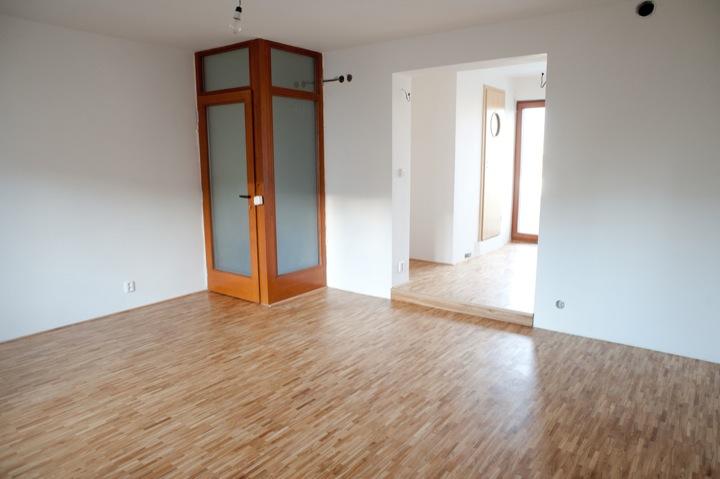 třívrstvá dubová podlaha