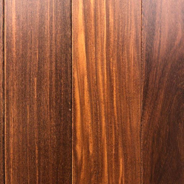 Sucupira - exotické masivní dřevo.